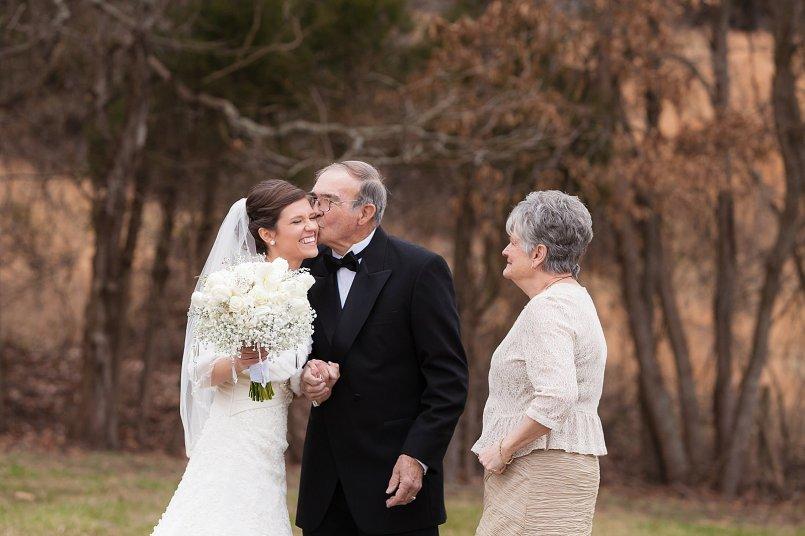 0251_150102-141546_Drew_Noelle-Wedding_1stLook_WEB