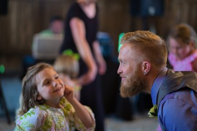 0846_150516-193801_Buckles-Wedding_Reception_WEB