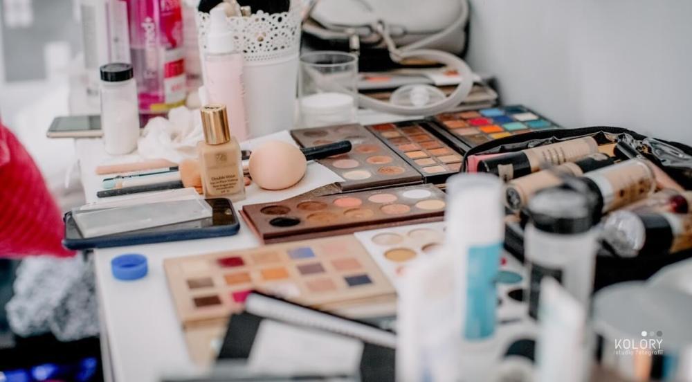 Makijaż próbny – wszystko, co musisz o nim wiedzieć