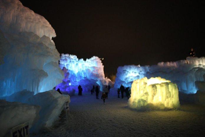 Ice Castles-1283