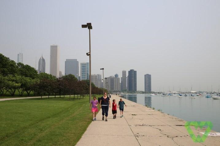 Millennium park - Walking Along Lake Michigan