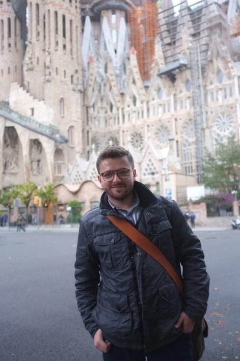 przed kościołem Sagrada Familia Gaudiego