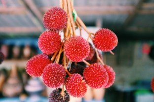 pyszne owoce przypominające w smaku liczi