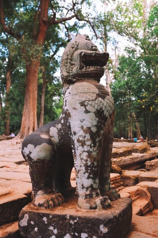 zdobienia Angkoru - słynne lwy