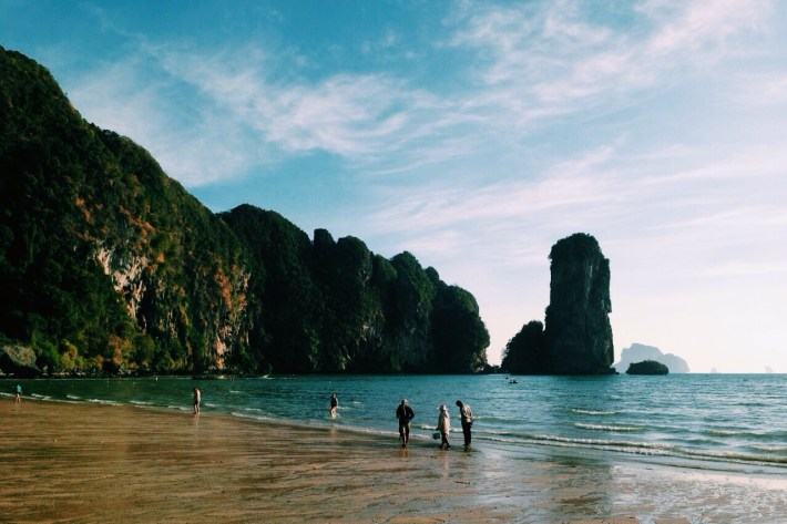 prywatna plaża hotelowa w miłej zatoczce