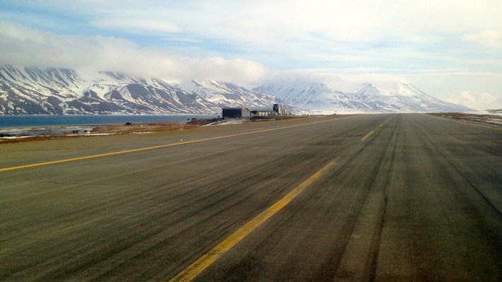 Spitsbergen / Svalbard airport