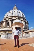 na dachu bazyliki św. Piotra