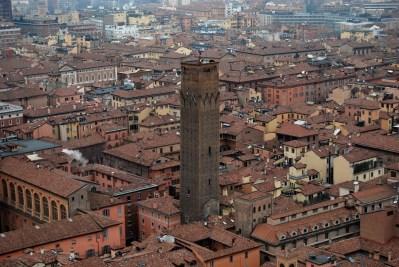 jedna z pozostałych wież