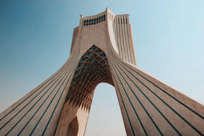 wieża Azadi, Teheran | zdjęcie Magdalena Garbacz-Wesołowska