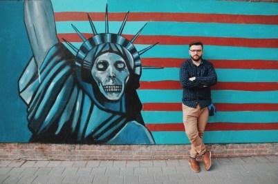 mury byłej ambasady USA w Teheranie   zdjęcie Magdalena Garbacz-Wesołowska