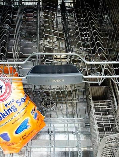 Washing dishwasher with baking