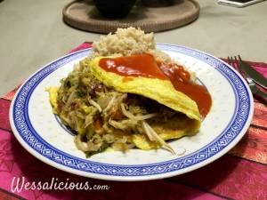 Chinese omelet met zoete tomatensaus