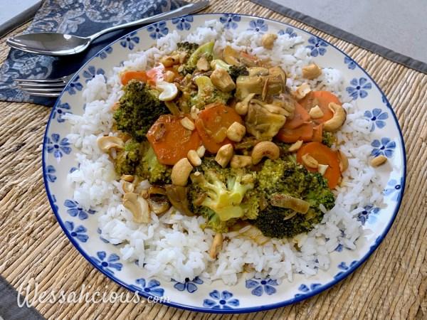 Broccoli-curry met paddenstoelen en rijst