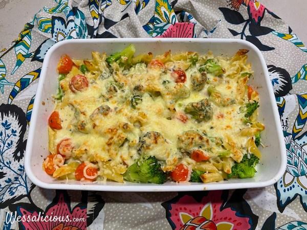 Pasta uit de oven met broccoli en roomkaas