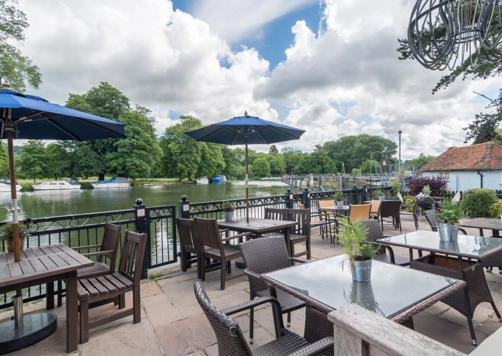 The Swan at Pangbourne