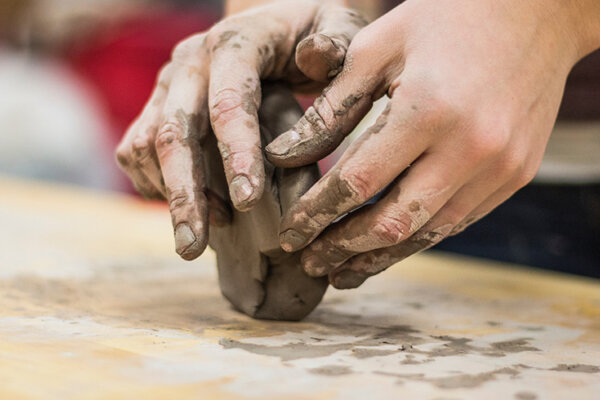 Family-Clay-in-the-Park-CRAFT