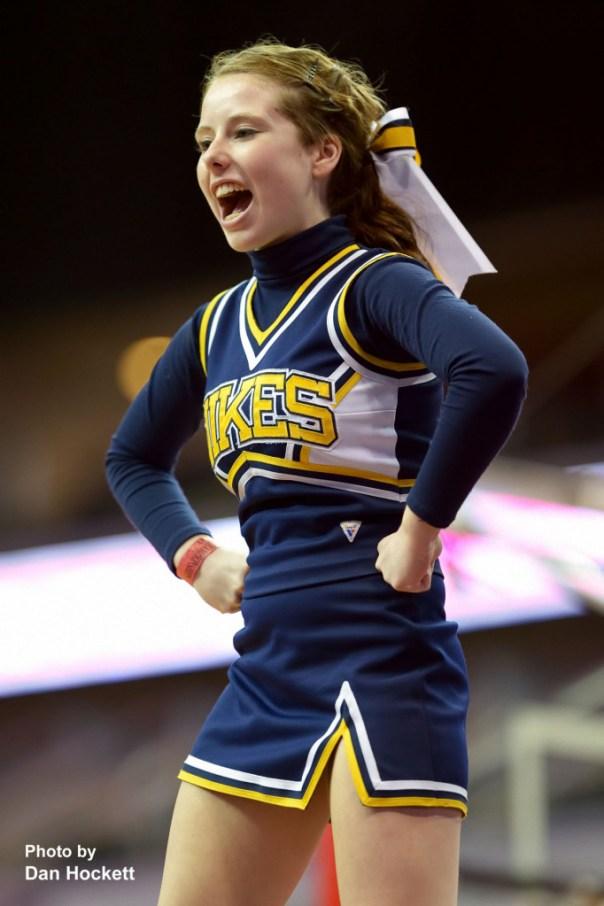 Photo by Dan Hockett Notre Dame Cheerleader.