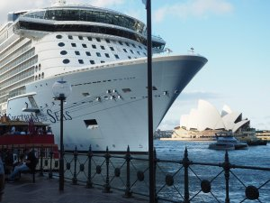 spectrum-of-the-seas-sydney-2003