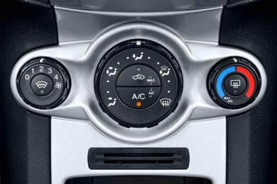 car-air-conditioning-controls