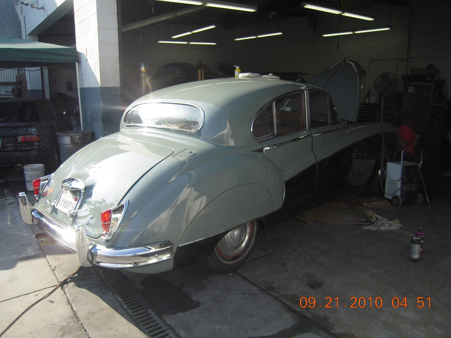 west-coast-body-and-paint-1956-jaguar-mkix-39