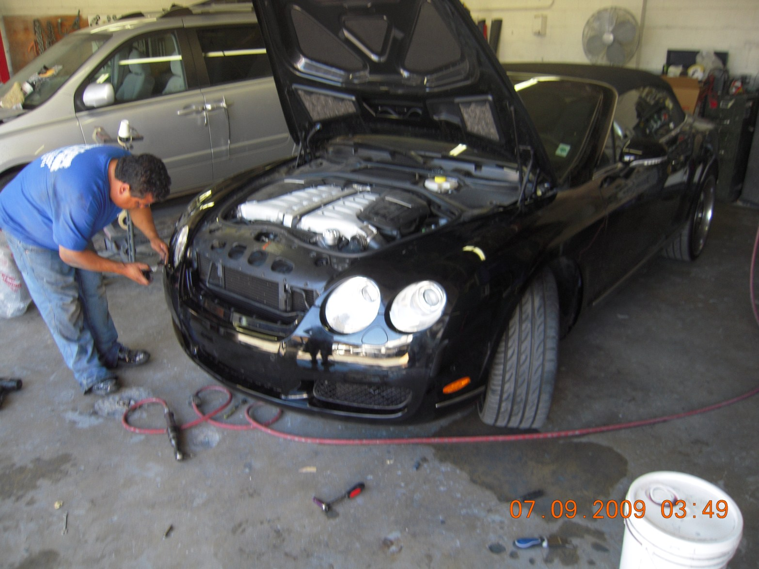 west-coast-body-and-paint-black-bentley-11