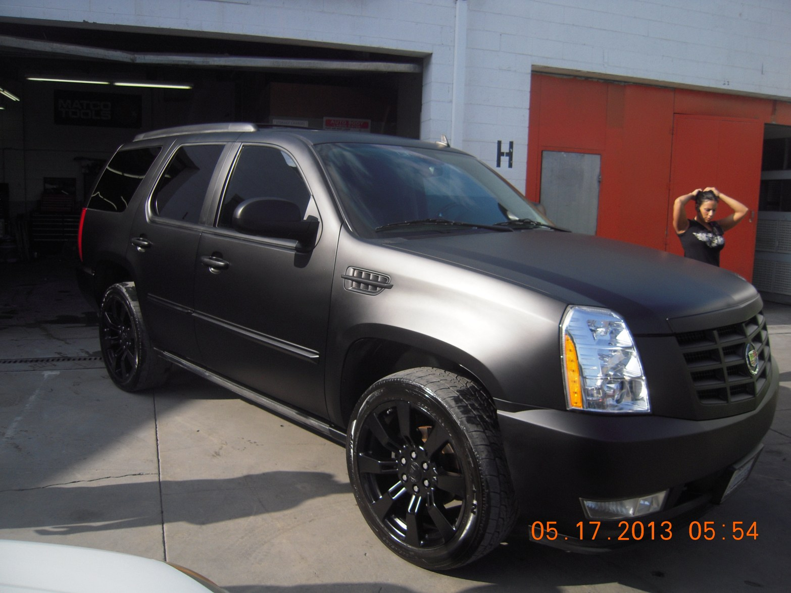 west-coast-body-and-paint-flat-black-2008-escalade-19