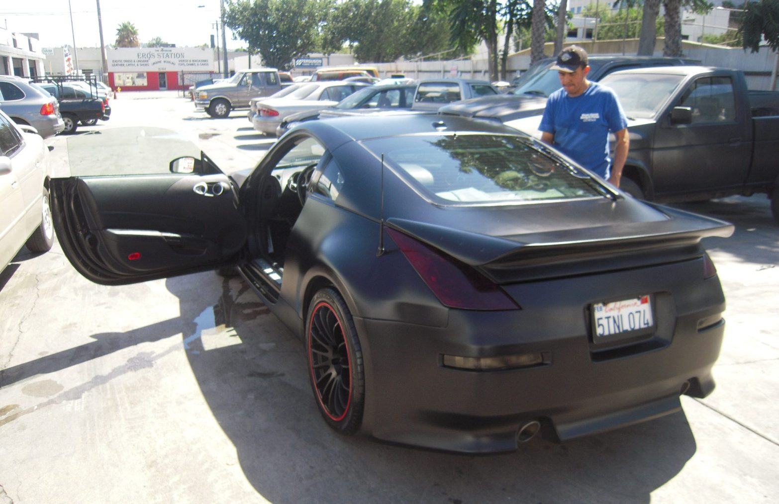 west-coast-body-and-paint-flat-black-nissan-350z-17