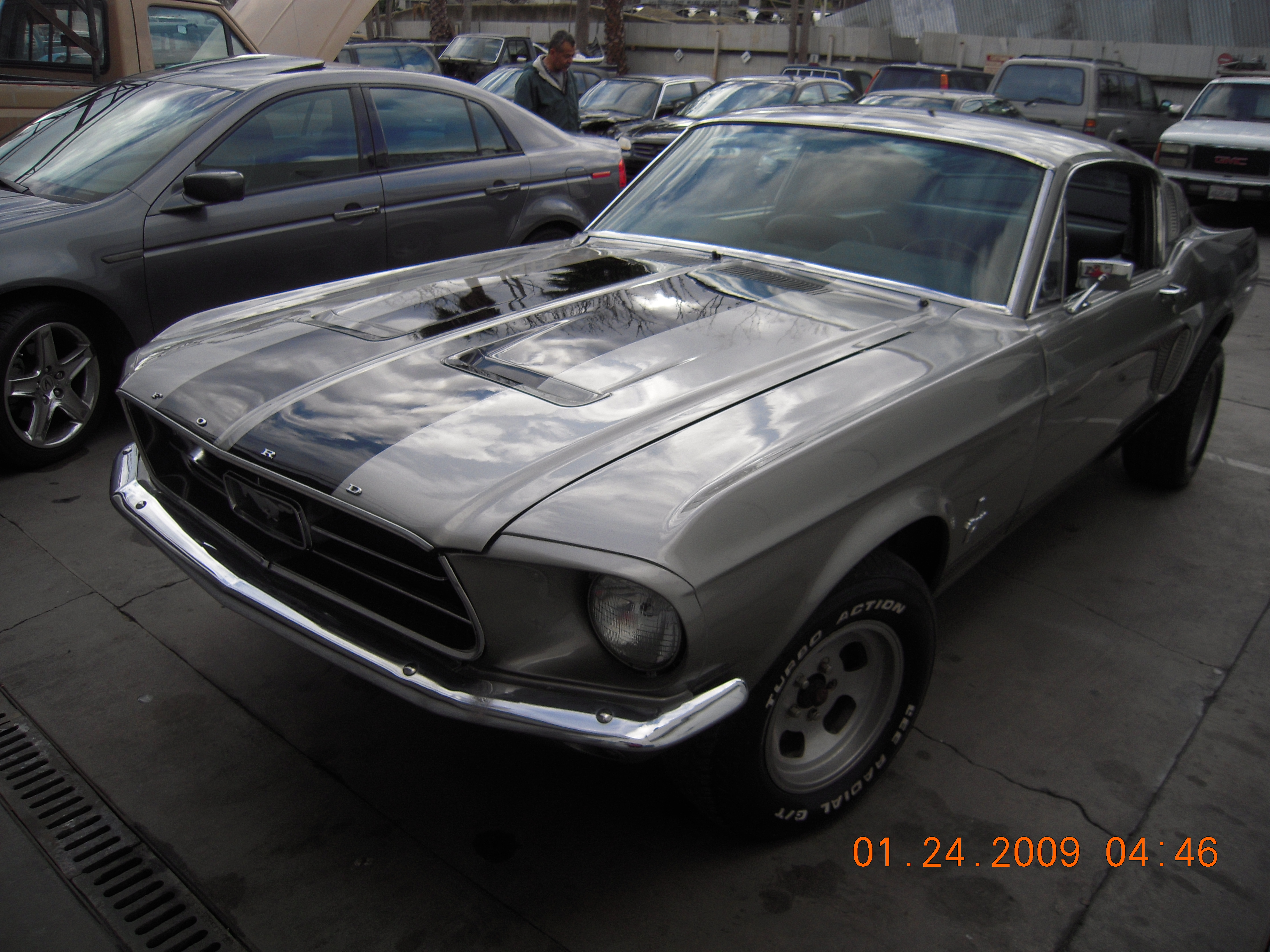 west-coast-body-and-paint-mustang-fastback-33
