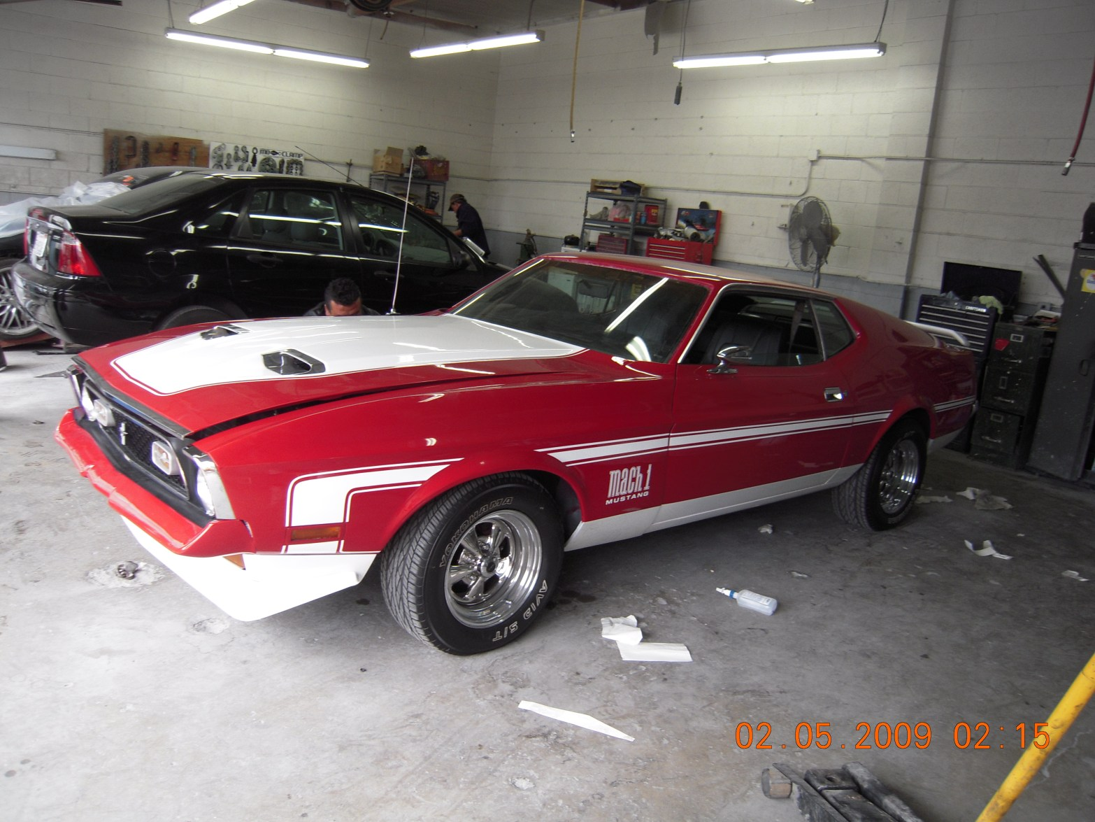 west-coast-body-and-paint-red-1972-mustang-fastback-10