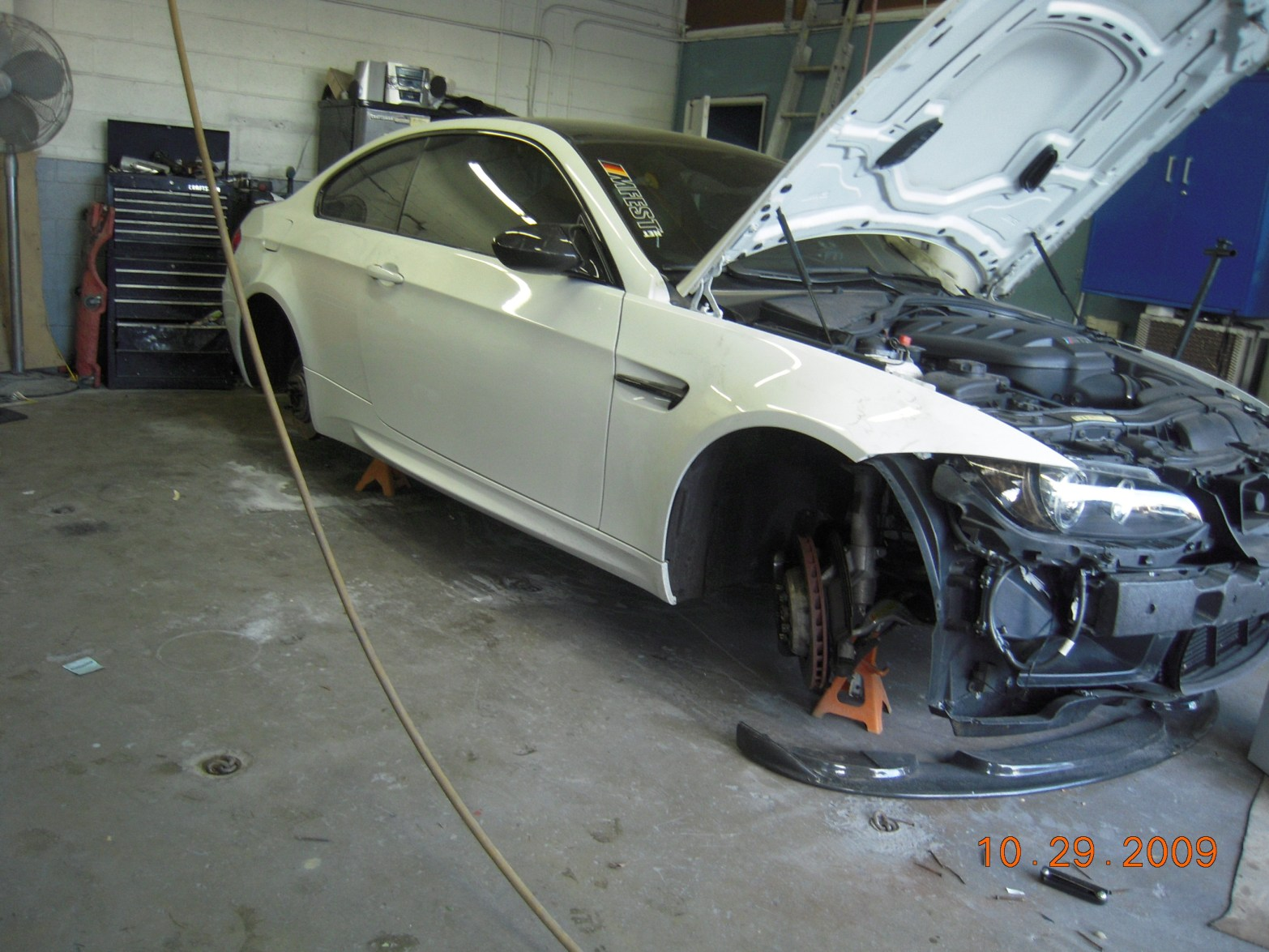 west-coast-body-and-paint-white-bmw-m3-2