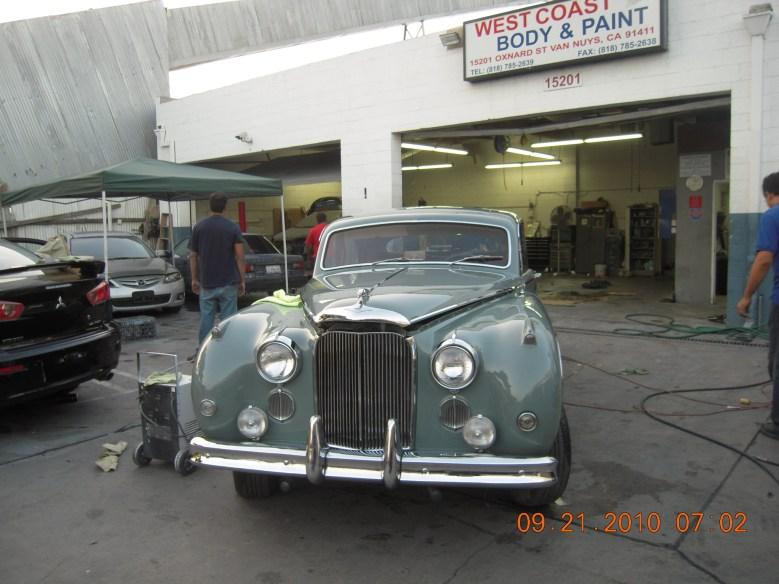 West-Coast-Body-And-Paint-1956-Jaguar-MKIX (44)