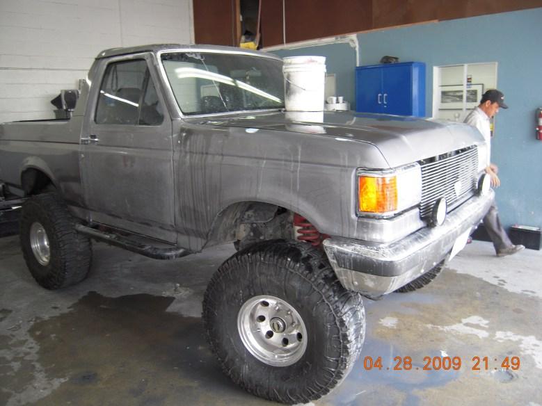 West-Coast-Body-And-Paint-Flat-Black-Bronco (1)