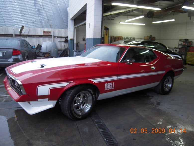 West-Coast-Body-And-Paint-Red-1972-Mustang-Fastback (15)