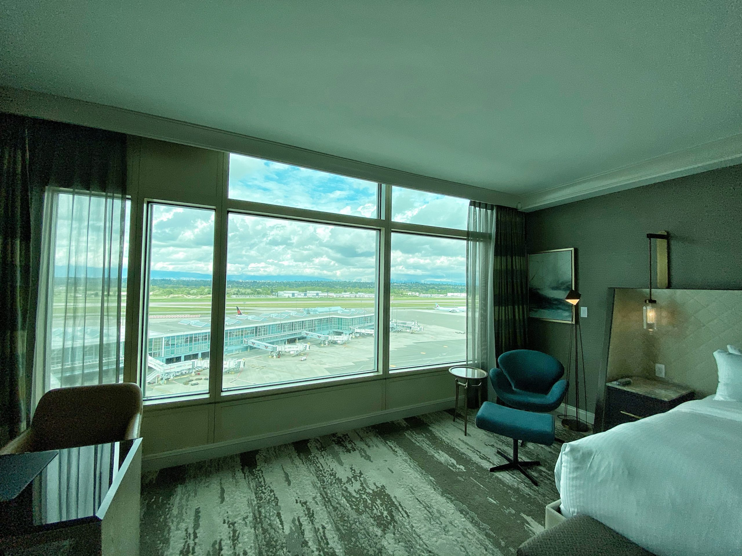 The north-facing view of a Fairmont Gold room at teh Fairmont Vancouver Airport Hotel