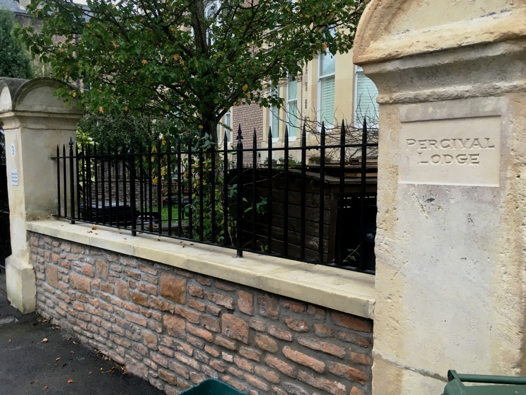 Wall top railings by West Country Blacksmiths - Balustrades and railings