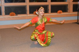 An amazing Southern Indian traditional dance performance!