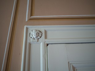 Hylands House - small dining room, doorframe detail