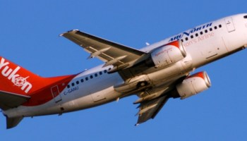 Air North 737-500 departure