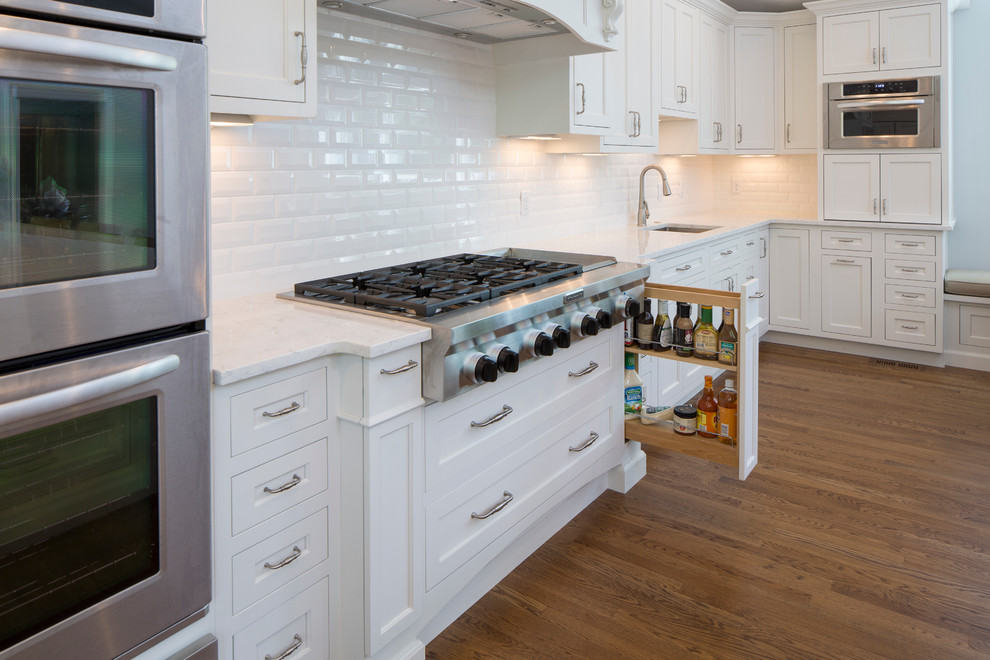 custom cabinet features spice
