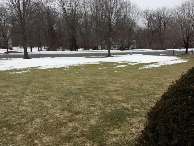51 Days of snow cover in Stewartsville NJ in 2015