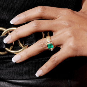 halle berry emerald engagement ring