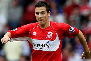 Stuart Downing insists on staying at Anfield despite Hammer interest