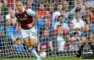 West Ham iron out Cardiff 2-0