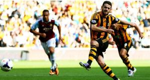 West Ham lose out to Hull theatrics