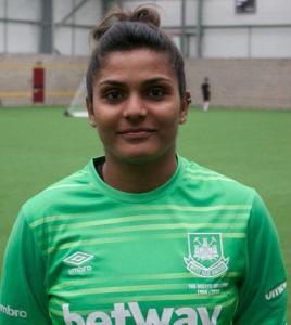 First Indian Woman Footballer in England- West Ham's New Goalkeeper Aditi Chauhan
