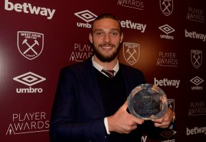 Antonio named Hammer of the Year, Lanzini Players' Player of the Year