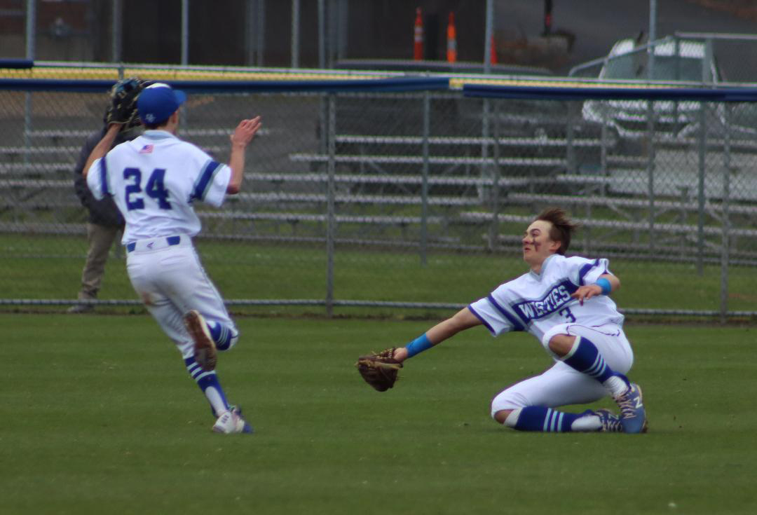 Westie baseball moves up to .500