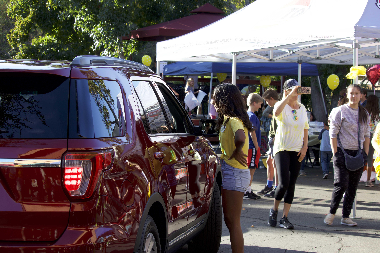 Lemonade 4 Community raises money for shooting, wildfire victims by selling Epic Lemonade