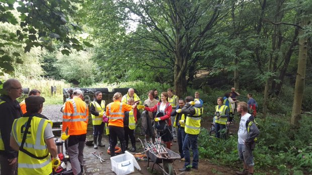 River aire clean up kirkstall