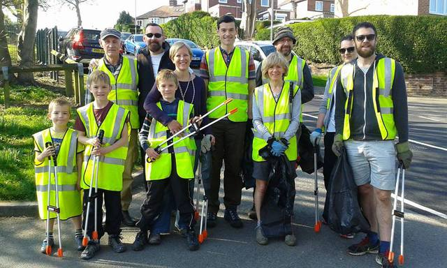 Litter pick brings people together in Newlay